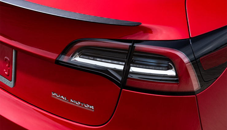Tesla-Model-3-Performance-2018-1