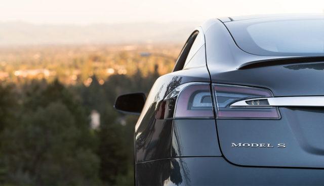 NRW-Umweltministerin Schulze Föcking will keinen Tesla