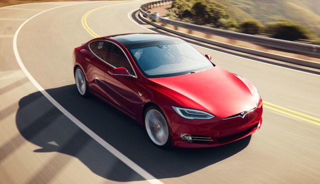 Schweizer Europcar-Chef: Einen Tesla muss man erlebt haben