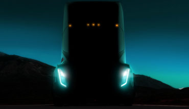 Tesla-Semi-Lkw-Kolonnen-fahren-Elektro-Lkw