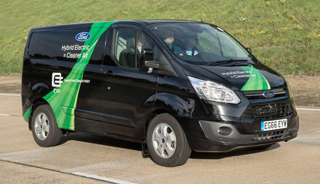 _Ford-Transit-Custom-Plug-in-Hybrid