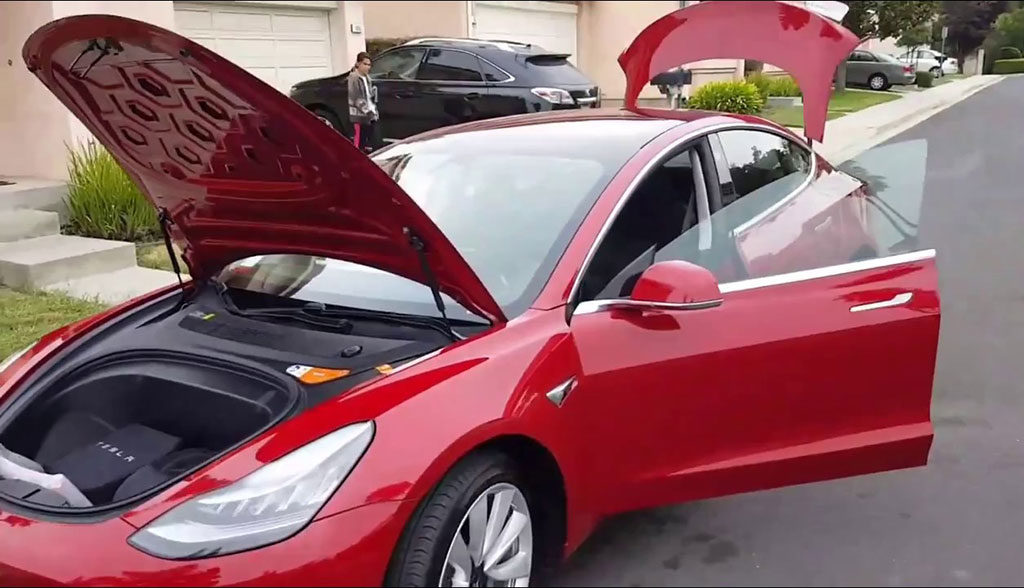 Tesla-Model-3-Video