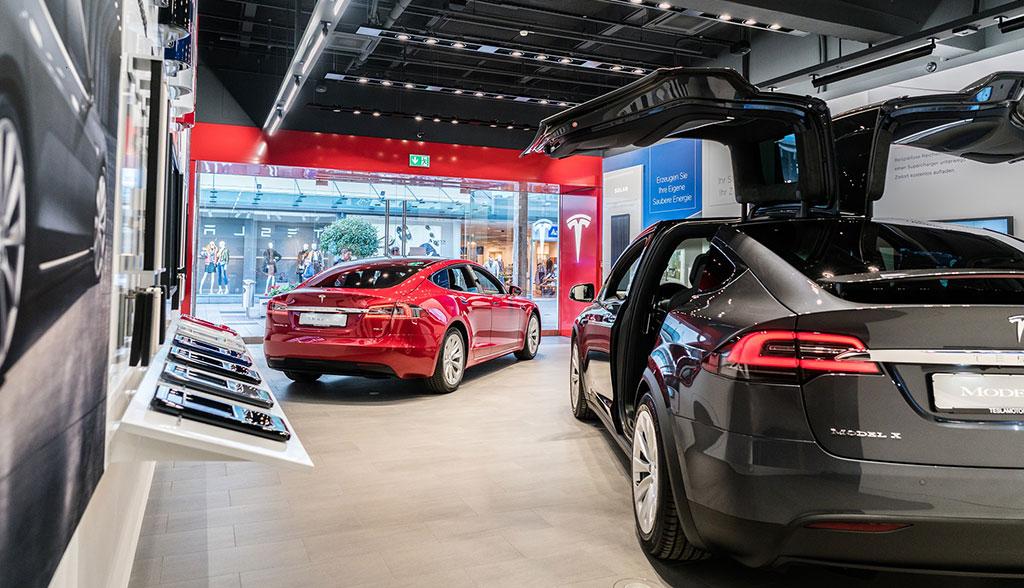 Tesla-Store-Frankfurt-Main-Taunus-Zentrum