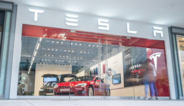 Tesla-Store-Main-Taunus-Zentrum