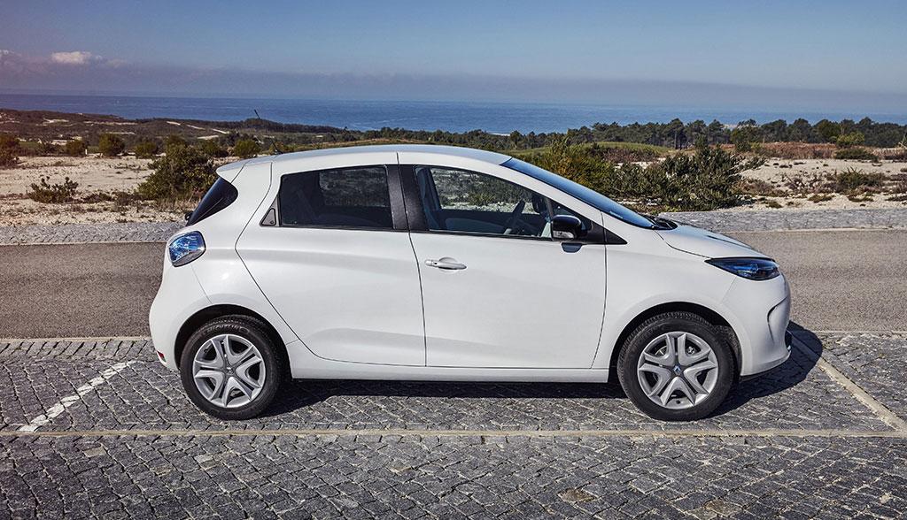 R+V24 erweitert Elektroauto-Versicherungsschutz - ecomento.de