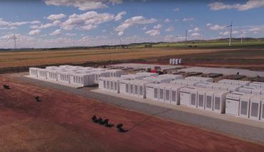Tesla-Energiespeicher-Australien