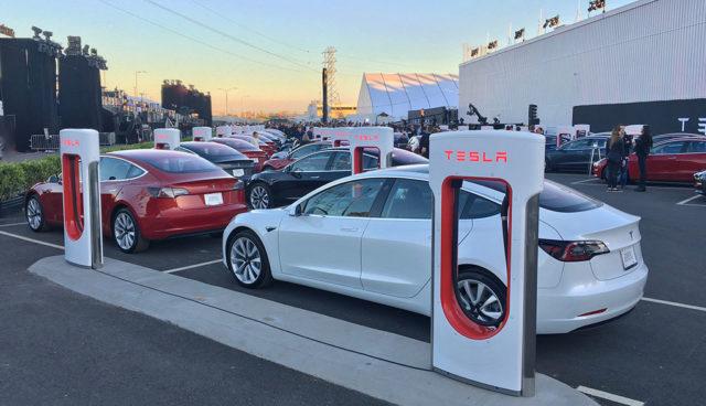 Tesla Model 3 kommt ohne Supercharger-Guthaben