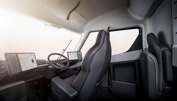 Tesla-Lkw-2019-7