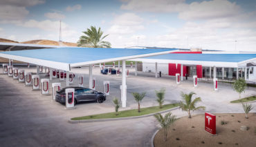 Tesla-Supercharger-Lounge-USA