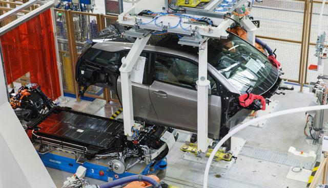 BMW: Automobilbau nicht mit Smartphone-Fertigung vergleichbar
