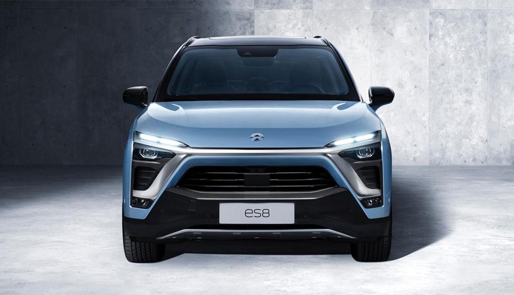 NIO stellt Elektroauto-SUV ES8 und Batteriewechsel-Station ...