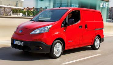 elektro minivan nissan e nv200 als vip shuttle. Black Bedroom Furniture Sets. Home Design Ideas