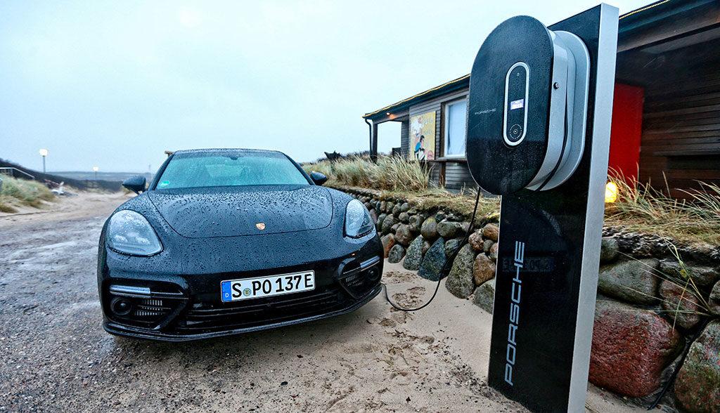 Porsche-Elektroauto-Jobs