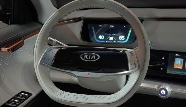 Kia-Niro-EV-Concept-2018-XES–5