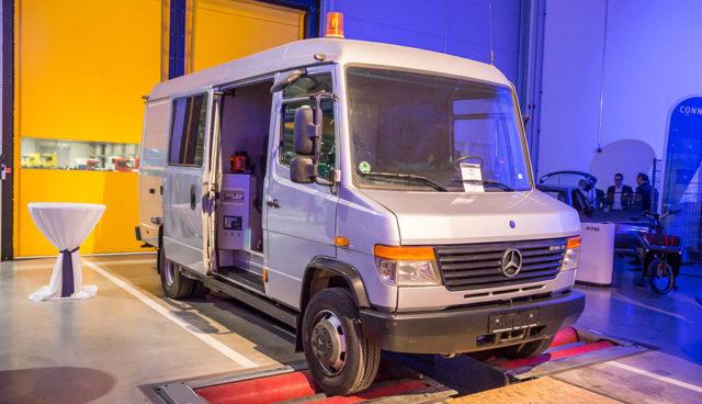Sonderfahrzeugbauer rüstet Mercedes-Benz Vario zum Elektro-Transporter um