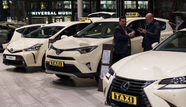 Berlin gibt befristetes Förderprogramm für Hybrid-Taxis bekannt