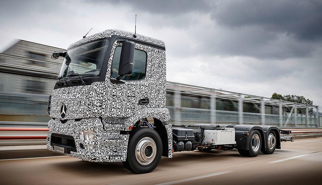 Daimler-ELektro-Lkw-Mercedes-Actros