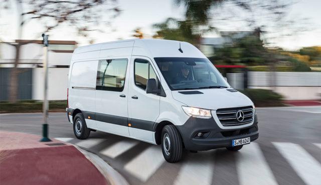 Spediteure und Zusteller drängen Autobranche zu Elektro-Transportern