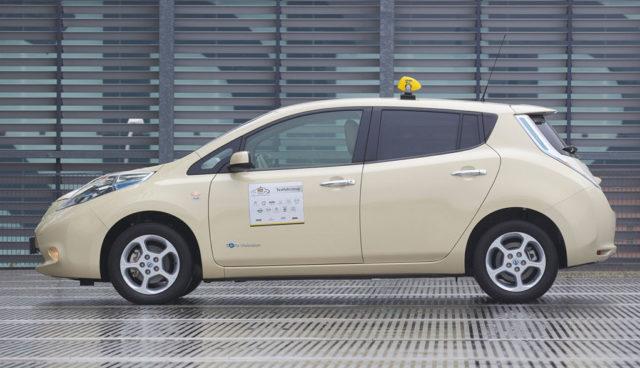"""Elektroauto-Taxi: """"Die meisten Kunden merken gar nicht, dass etwas anders ist"""""""