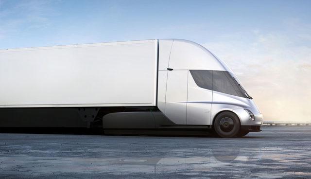 Daimler hält Tesla-Truck für nicht realisierbar