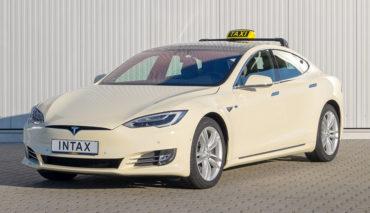 Tesla-Taxi-Intax-Elektroauto