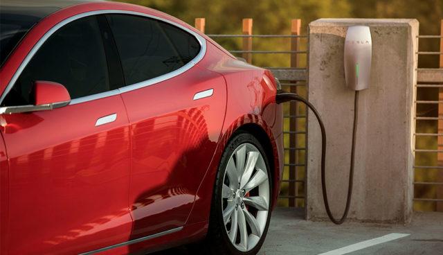 """""""Workplace Charging"""": Teslas neues Elektroauto-Ladenetz für den Arbeitsplatz"""