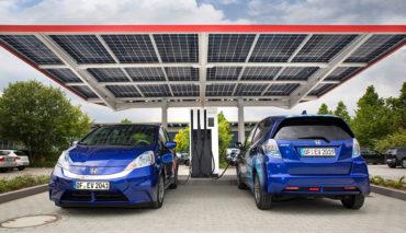 ZSW-Tankstelle-Elektroauto-Wasserstoff-2020