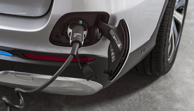 Immer mehr Automanager sehen E-Mobilität als Hauptabsatztreiber