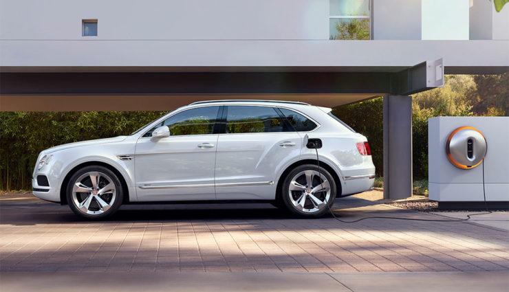 Bentley-Bentayga-Hybrid-x-Starck—02