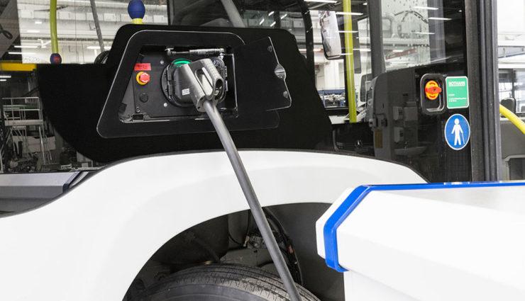 Mercedes-Benz-Citaro-Elektrobus-9