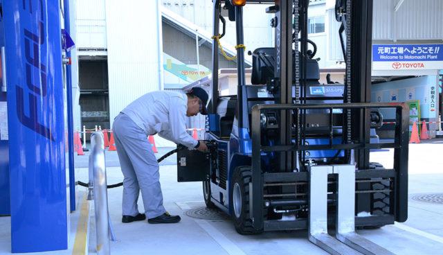 Toyota setzt auf Wasserstoff-Gabelstapler