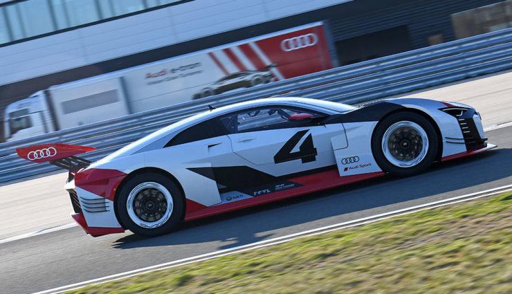 Audi-Elektroauto-e-tron-Vision-Gran-Turismo-5
