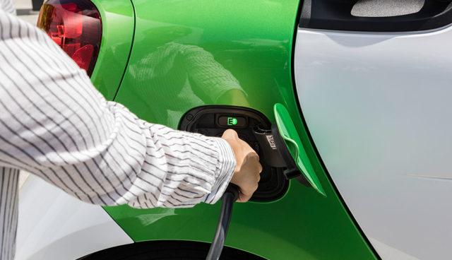 """Ladeanbieter Parkstrom: Elektroauto-Ladestationen wichtig, """"um Kunden zu binden"""""""