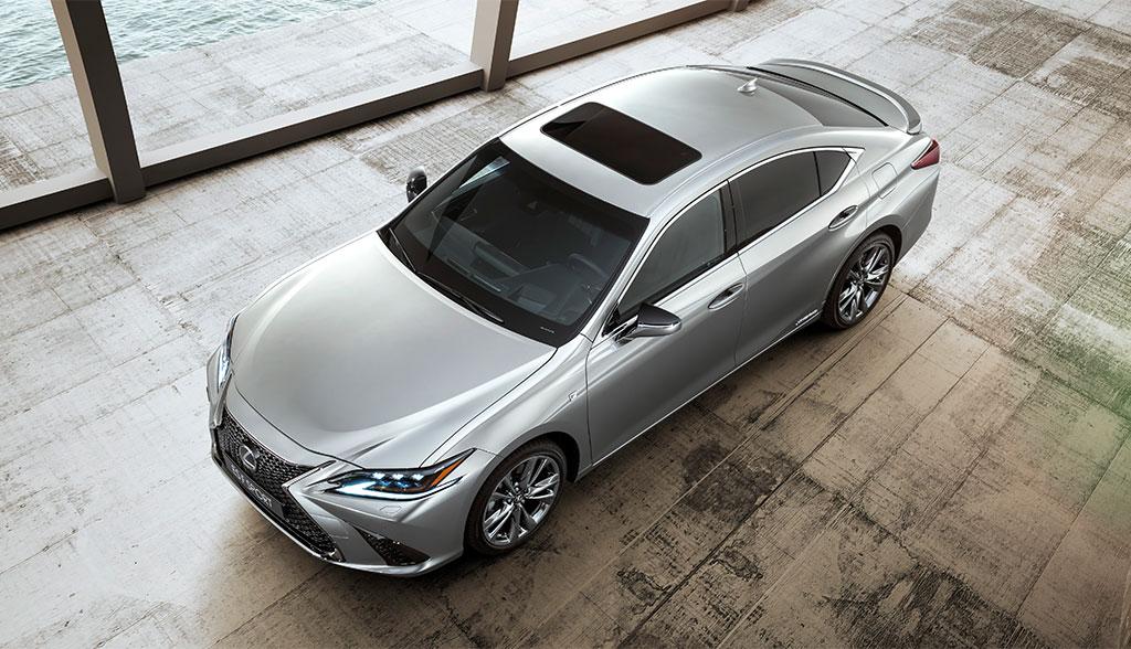 Lexus-ES-300h-2019-7