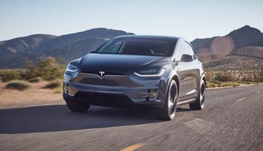 Tesla-Autopilot-Model-X