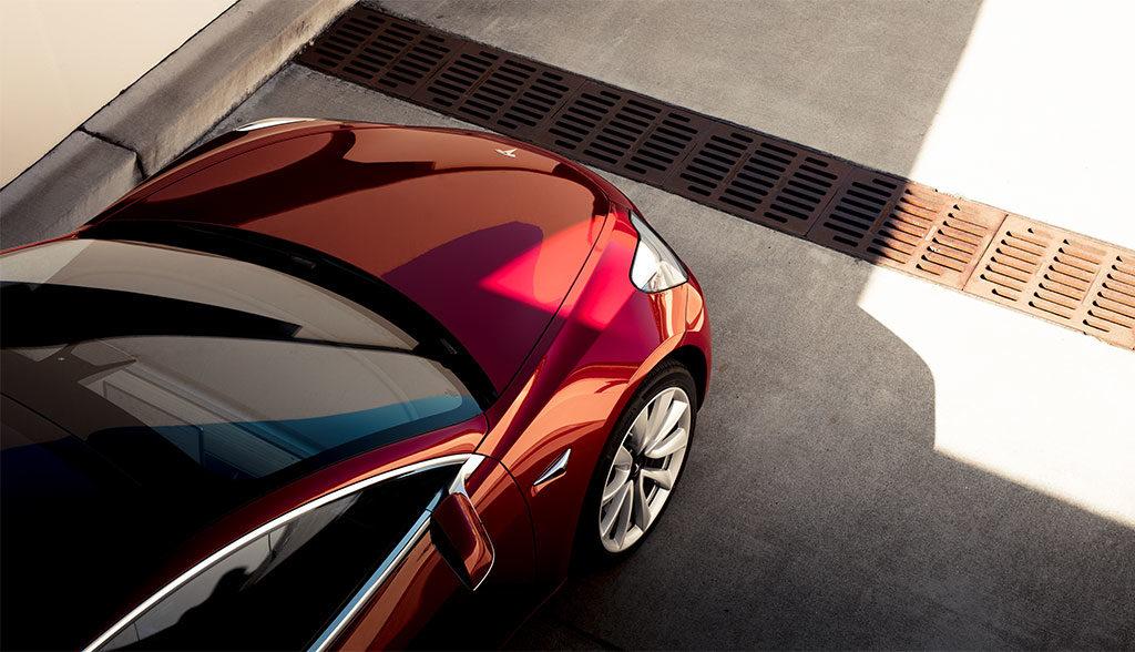 Tesla-Model-3-Verarbeitung