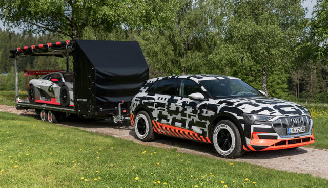 Elektroauto-Audi-e-tron-Anhaengerkupplung
