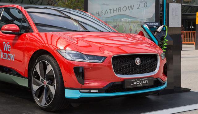 Flughafen London Heathrow plant Elektroauto-Flotte mit 200 Jaguar I-Pace
