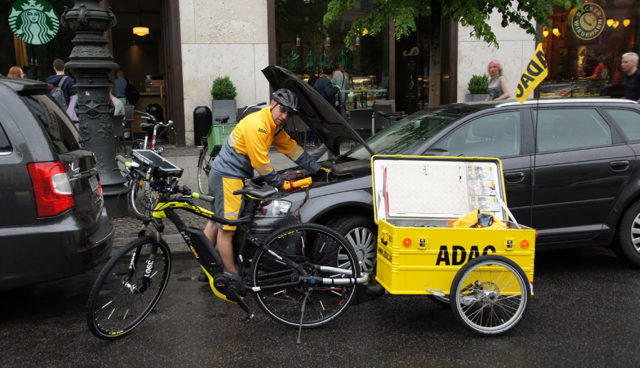 Pannenhilfe mit E-Bikes: ADAC zieht positives Fazit