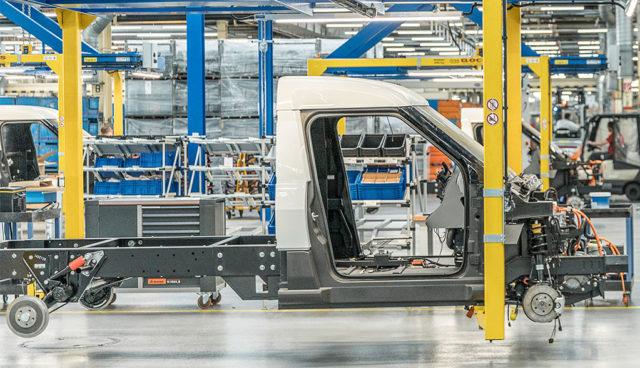 Neue Fabrik eröffnet: StreetScooter verdoppelt Produktionskapazitäten