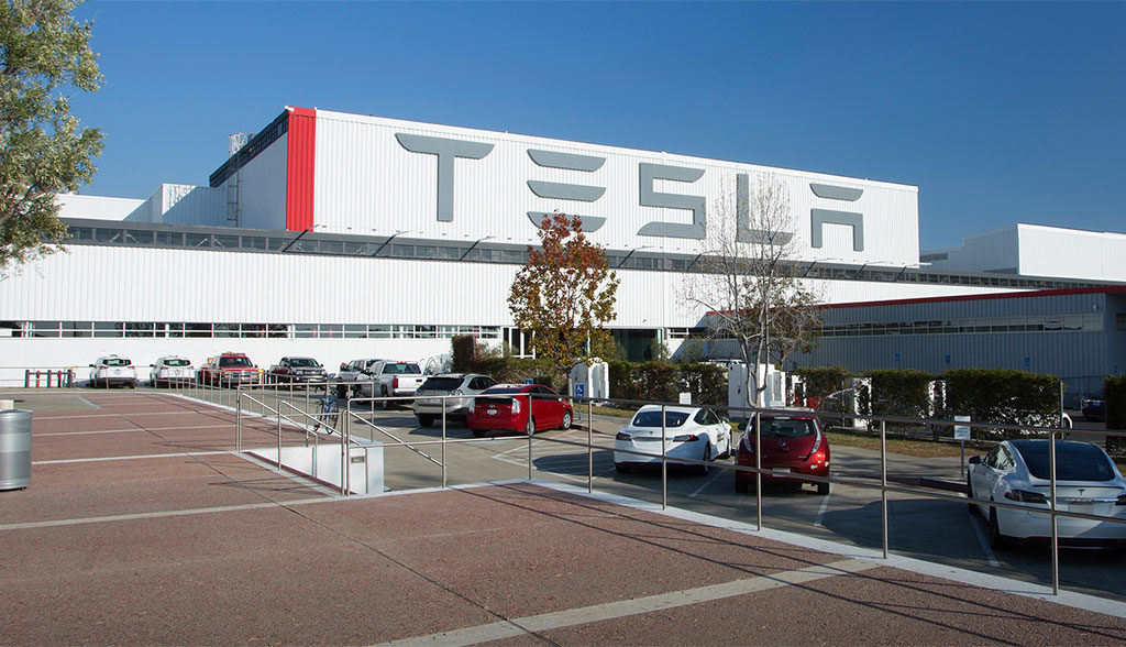 Tesla-Dienstleister