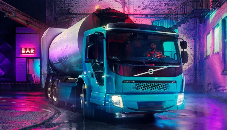 Volvo stellt ersten elektrobetriebenen Müllwagen vor