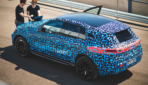 Mercedes-Benz macht Batterie-SUV EQC sommerfest