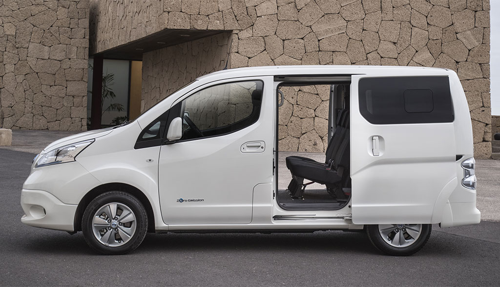 nissan e nv200 evalia. Black Bedroom Furniture Sets. Home Design Ideas