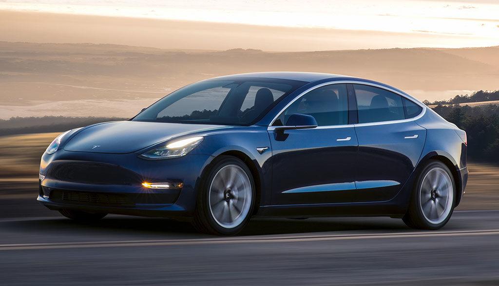 Tesla-Model-3-Musk