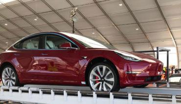 Tesla-Zelt
