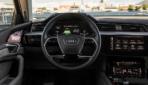 Audi-e-tron-Interiror-4