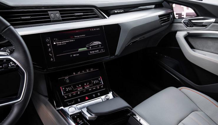 Audi-e-tron-Interiror-9