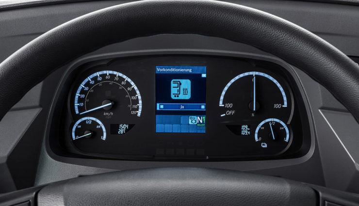Mercedes-Benz-eCitaro-15