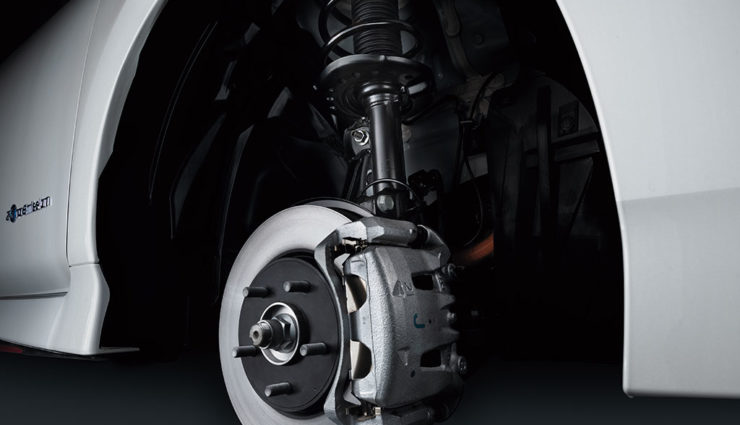 Nissan-LEAF-NISMO-2018-10
